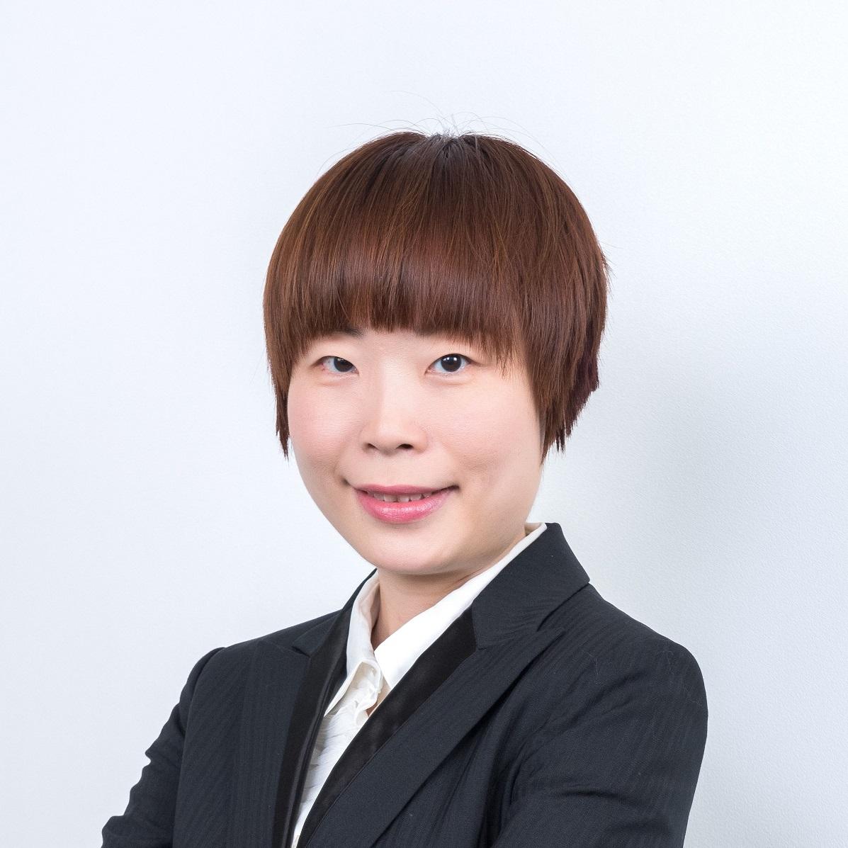 Ms. Daisy Li
